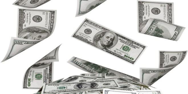 """El Dólar """"ilegal"""" se establece en $12"""