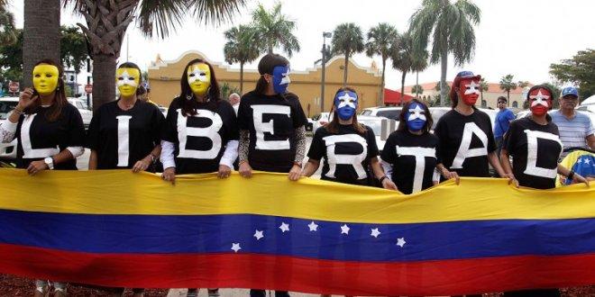 Buscan congelar los activos de funcionarios chavistas en Estados Unidos