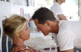 Desmienten que Schumacher haya despertado del coma