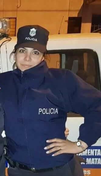 Ella es Rocío Villarreal es la policia que se enfrentó a un grupo de delincuentes que quisieron tomar la comisaría de San Justo