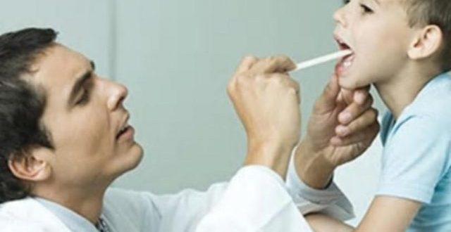 Alerta bacteria: los DOS SINTOMAS para llevar rápido a tu hijo al médico
