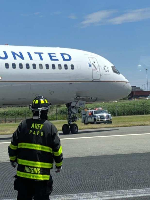 Avión de United Airlines se despistó en Nueva Jersey