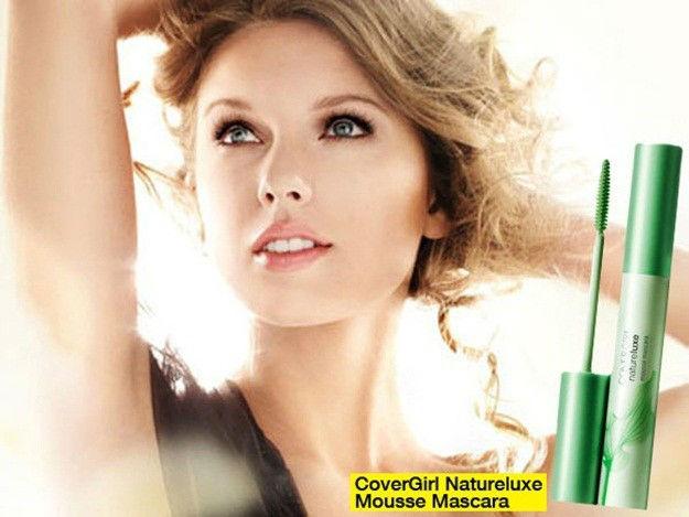 taylor-swift-anuncio-naturluxe-mousse-mascara-retirado