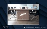 mueble-de-oficina-mesa-de-reuniones3