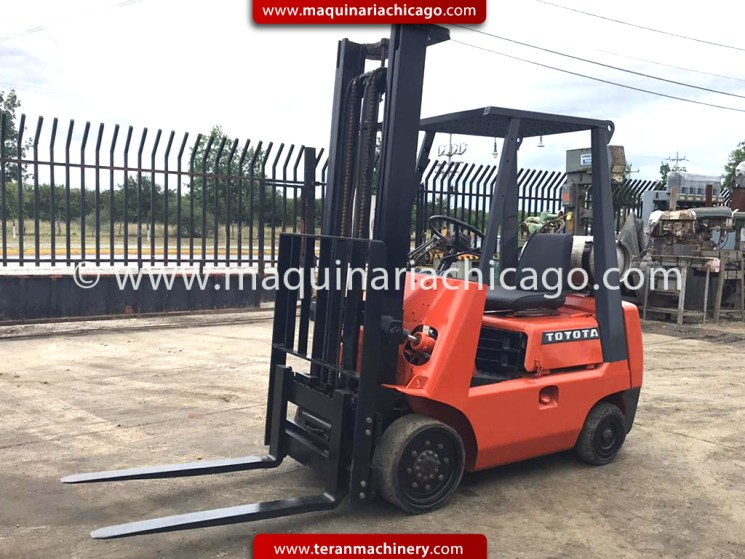 ax1664c-montacargas-toyota-forklift-usado-maquinaria-used-machinery-01