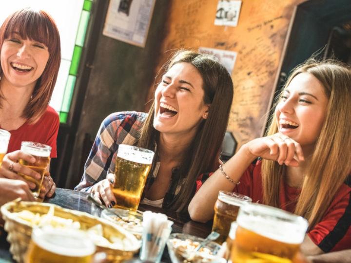 mujeres-alcohol-alcoholismo
