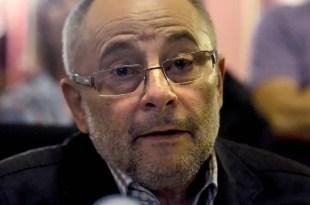 Dimite Francisco Rodríguez, el alcalde de Ourense