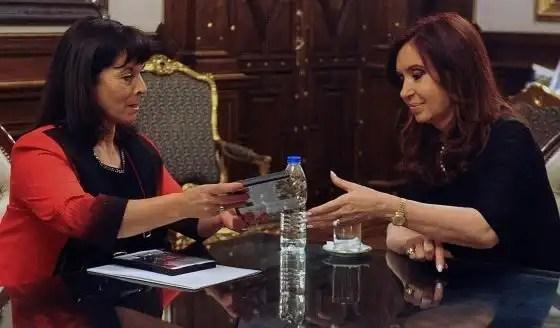 Argentina aprueba una ley contra la trata de mujeres con penas más duras