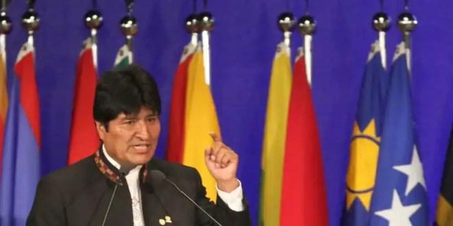 Evo Morales expropia la filial de las españolas Abertis y Aena