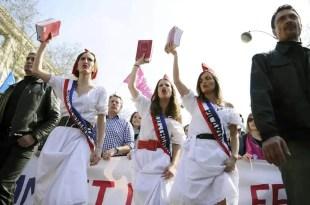Francia aprueba definitivamente el matrimonio gay