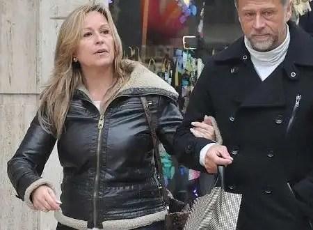 Trinidad Jiménez se casa con el reportero gráfico Miguel Ángel de la Fuente