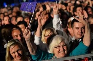 Croacia entra en la UE y se convierte en el miembro número 28 del club comunitario