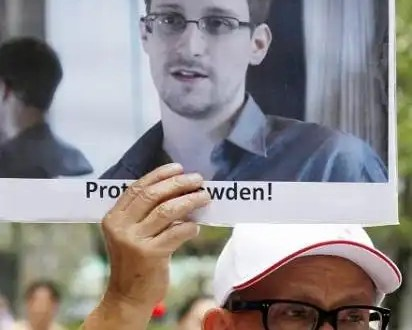 Snowden pidió asilo a Rusia