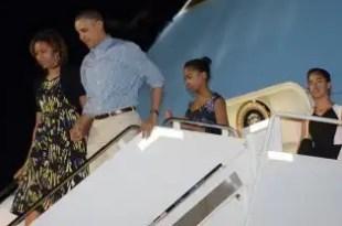 La familia Obama disfruta las vacaciones de Navidad en Hawaii