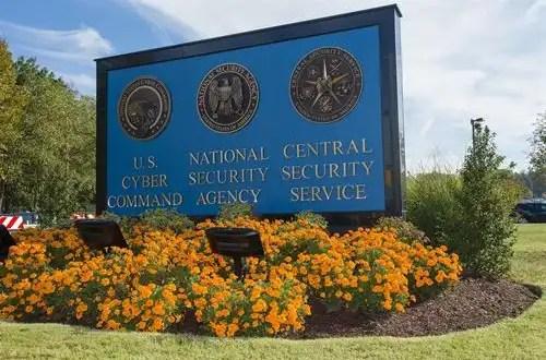 Snowden: La NSA quiere infectar 'millones' de ordenadores con 'malware' espía