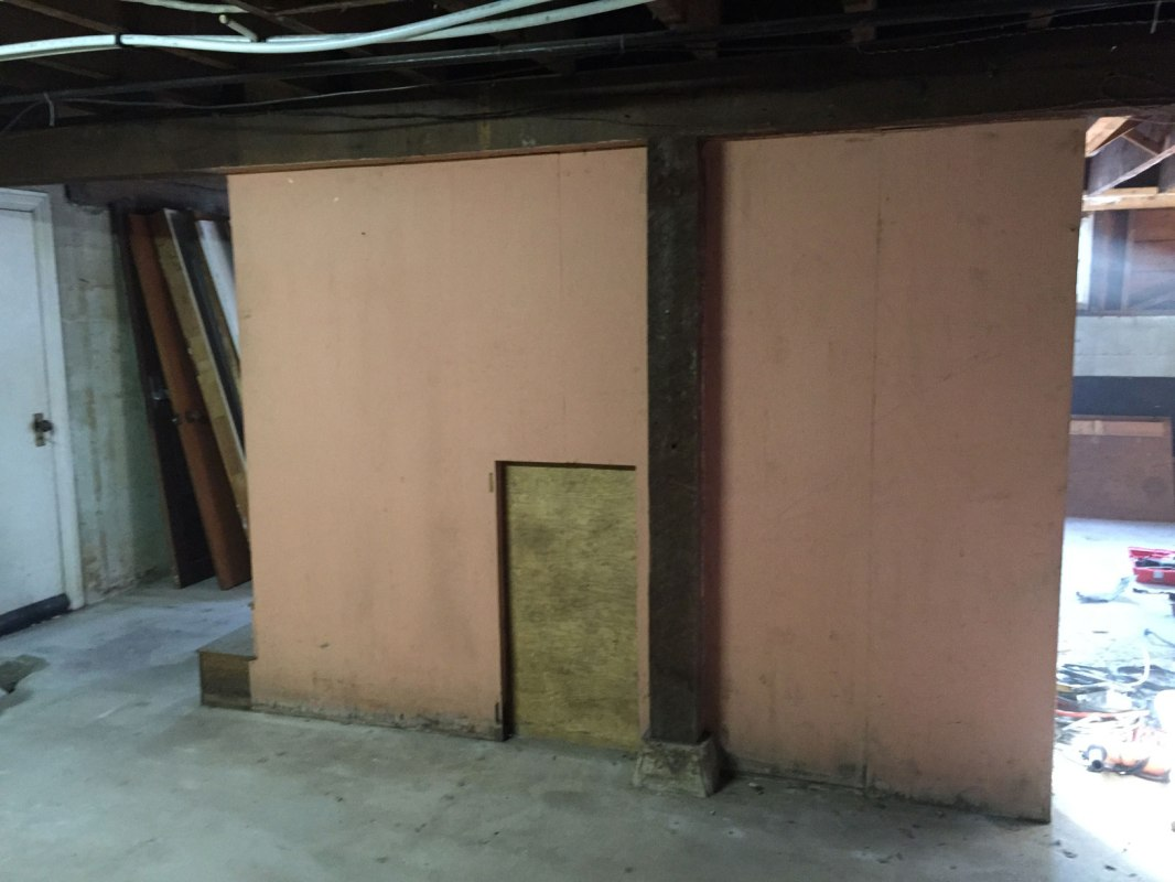 The last wall standing in the basement. Don't worry it isn't structural!