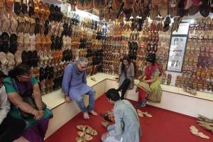 Footwear Shop in Siwan