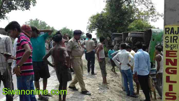 bus accident in tarwara