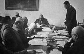 Der beratende Ausschuss in Münster, in der Mitte Bernhard Salzmann, um 1950. Foto: LWL