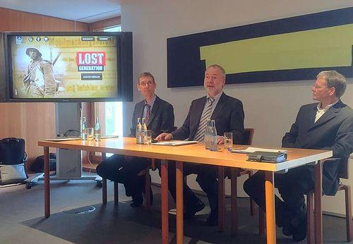 Markus Meckel mit den Historikern Stefan Nies und Dieter Pfau (Foto: Christoph Blase)