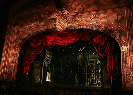 """Set of """"Peter and the Starcatcher"""" by Donyale Werle (Source: Donyale Werle)"""