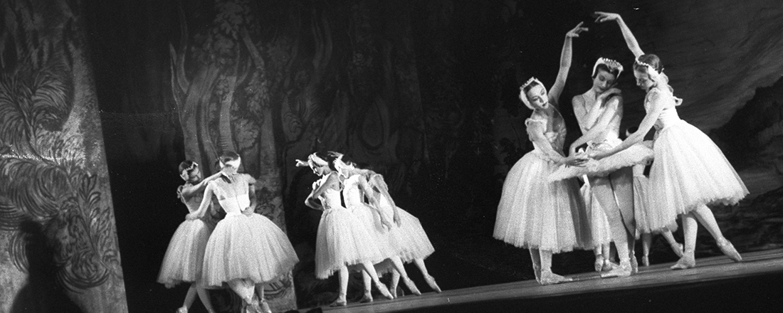 "Royal Ballet's ""Swan Lake"" (Source: State Library of New South Wales/Flickr)"