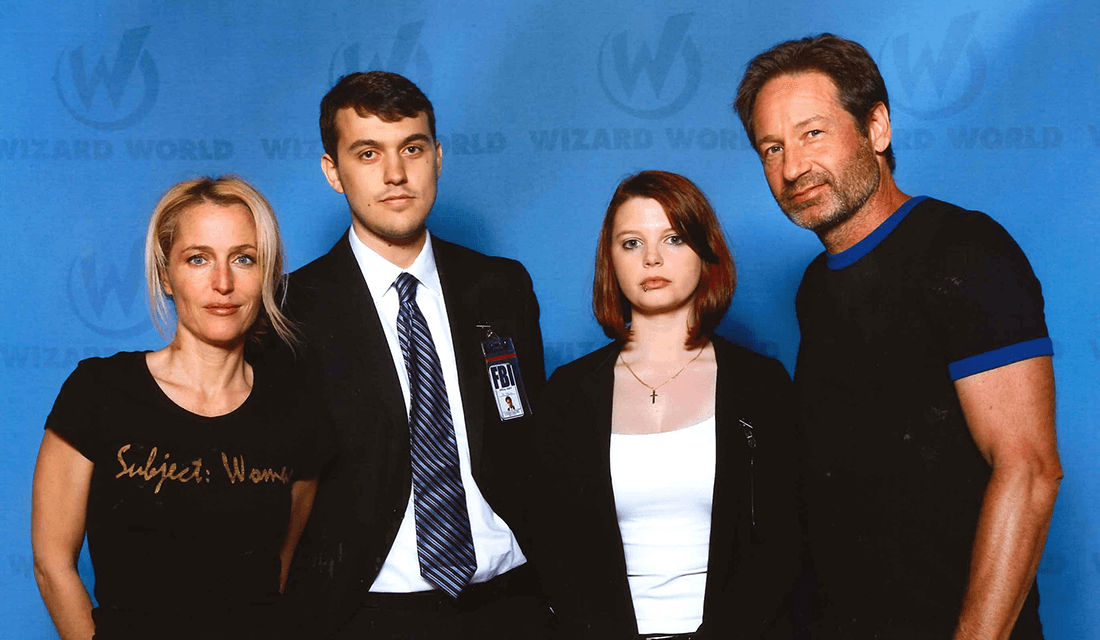 Lizz Dworak and her husband Andrew, with Gillian Anderson and David Duchovny (Source: Lizz Dworak)