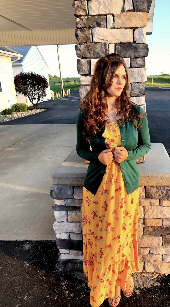 Modest Dress   Inherit Clothing Company   Modest Fashion   Dress Inspiration   Fashion Ideas   Modest Outfits   This Striped Side Pocket Midi Dress from Inherit Clothing Company is such a comfy and versatile dress! I love wearing it for an everyday look or dressing it up a little to go out on the town. For modest outfit ideas, go to SixCleverSisters.com
