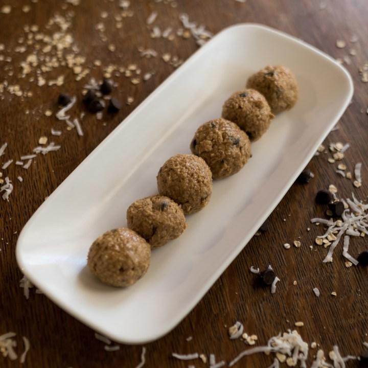 No Bake 5-Ingredient Protein Balls