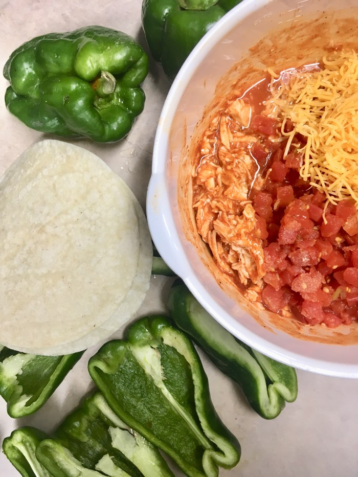 Enchilada Stuffed Peppers | Easy Dinner Ideas | Quick Dinner Recipes | Easy Dinner Recipes | Low Carb Recipes | Keto Diet | Stuffed Peppers | Mexican Food | Healthy Meals | Kid Friendly | Chicken Recipe | Cheese | Six Clever Sisters