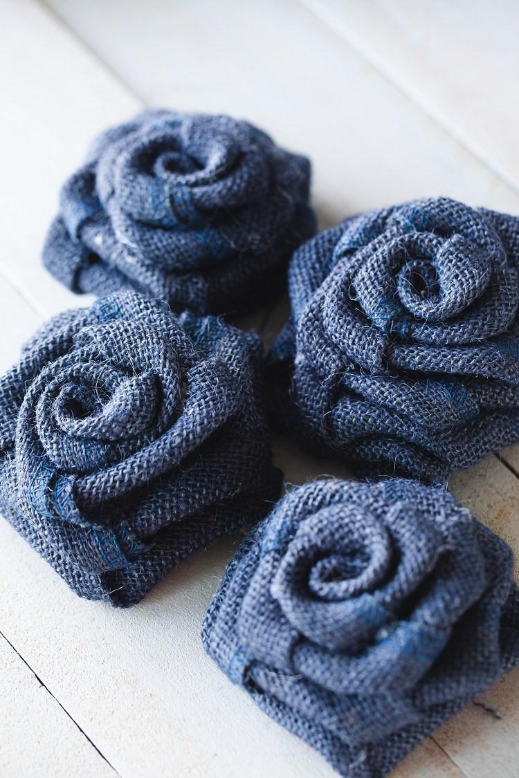 Burlap Rose Garland | DIY Burlap Garland | DIY Flower Garland Easy | DIY Rose Garland Shabby Chic | DIY Burlap Roses | Easy instructions on how to make a Burlap Rose Garland on the Six Clever Sisters blog!