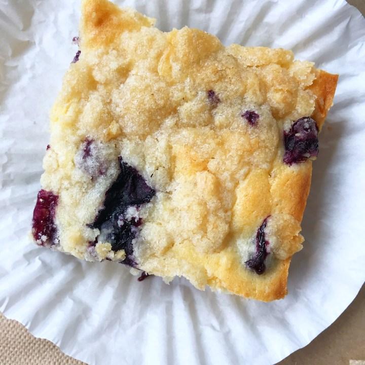 Blueberry Lemon Streusel Bars | Sheet Cake | Blueberry | Lemon | Dessert | Cake | Bars | Easy Dessert | Fresh Fruit Dessert | Sheet Cake Recipe | Six Clever Sisters