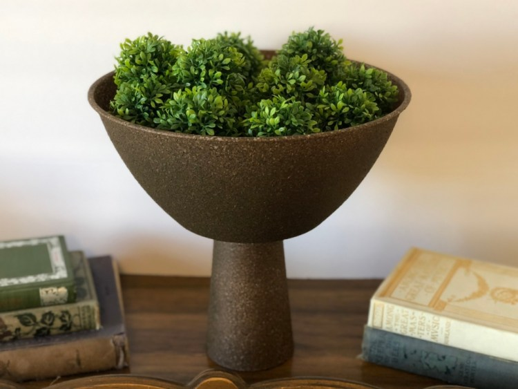 DIY Dollar Tree Pedestal Bowl | Dollar Tree Project | Dollar Tree Home Decor | DIY Home Decor | Learn how to make this inexpensive pedestal bowl using items from Dollar Tree at SixCleverSisters.com