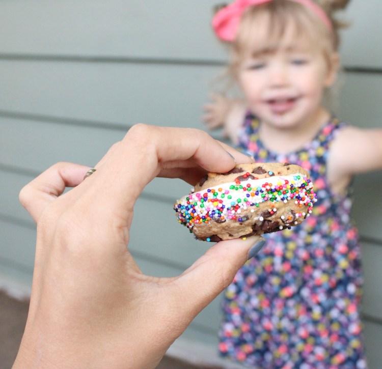 Ice Cream Sandwich Recipe | Ice Cream Bar | Ice Cream Recipe | Summer Desserts | Ice Cream Party | Summer Recipes | Pool Party Recipes | Kids Summer Recipes | Easy Summer Recipes | Easy Summer Dessert | Easy Ice Cream Sandwiches | Six Clever Sisters