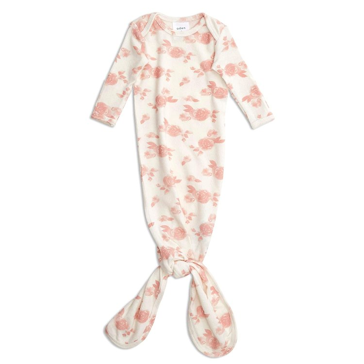 Cute Amazon Baby Finds | Amazon Baby | Baby Shower | Baby Registry | Boutique | New Mom | Newborn | Baby Needs | Baby Girl Nursery | Baby Shower Ideas | Baby | Baby Supplies | What to Buy for Baby | Six Clever Sisters