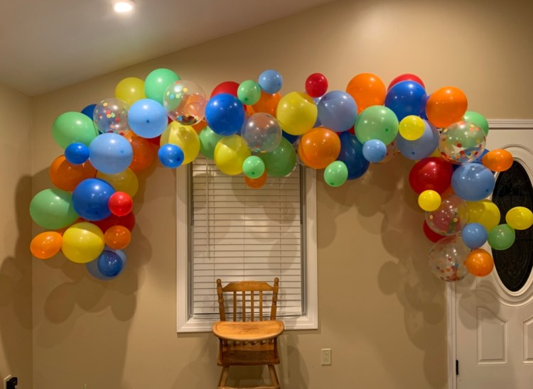 How to Make A Balloon Arch from Amazon | Tips and Tricks to Make Your Own Balloon Arch | Six Clever Sisters