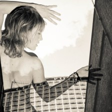 A. NINA SEPIA.BACK BUILD GRAPHIC_AL6684