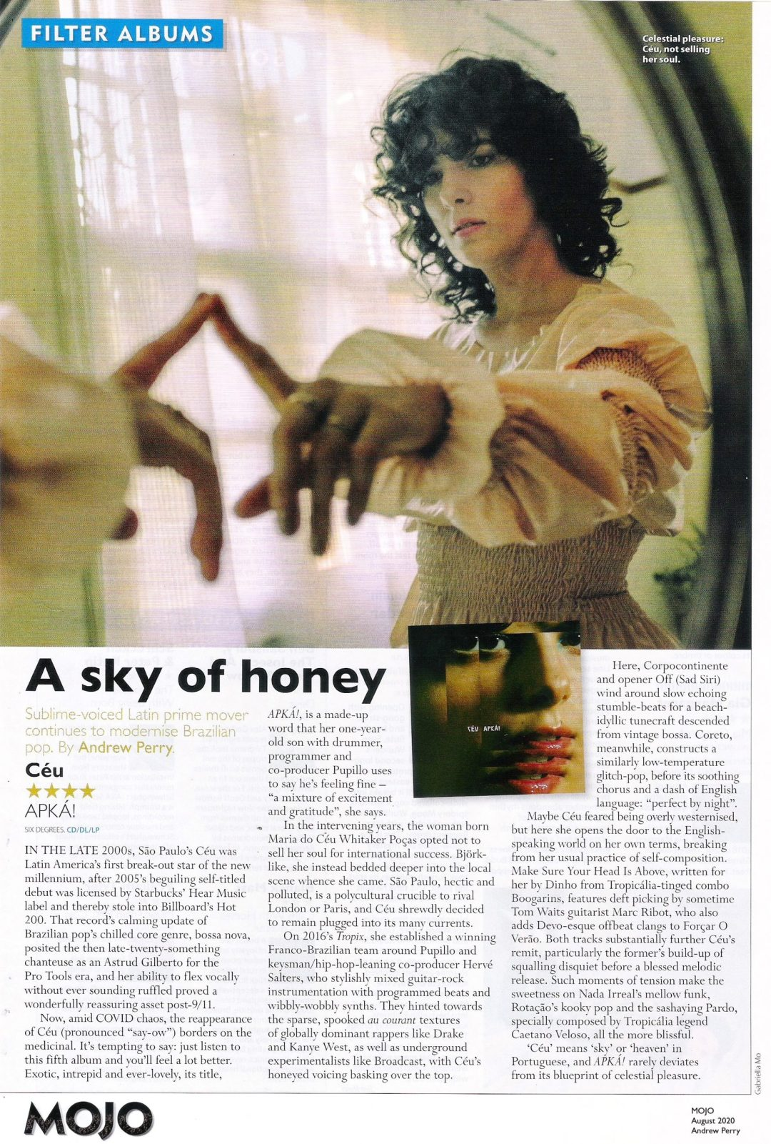 "CÉU'S ""APKÁ!"" ALBUM RECEIVES FOUR-STAR RAVE REVIEW IN MOJO"