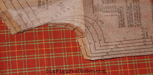 Do you love to sew but find it costs more than buying new? Don't let that stop your creativity. Learn how to sew without spending money! Here's how!