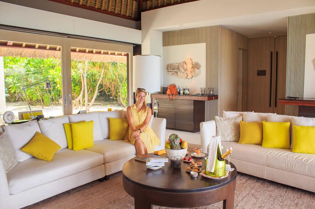 girl-at-resort-in-maledives