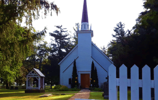 A History Etched in Stained Glass: Touring Mohawk Chapel