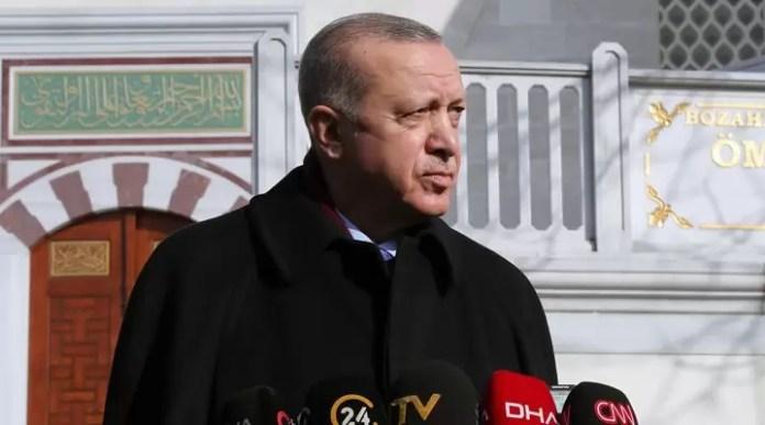 Recep Tayyip Erdoğan, cuma namazı