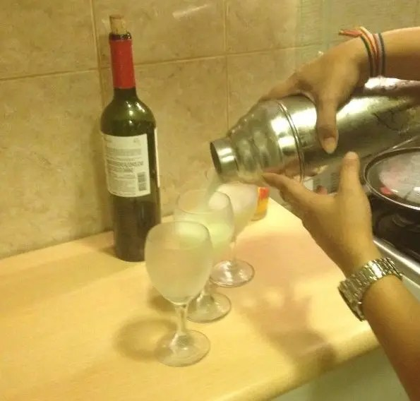 Pisco Sour Cocktail Recipe with 2-1-1 Ratio