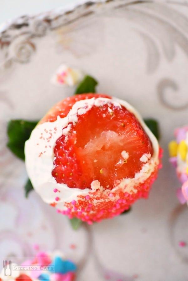 inside-chocolate-strawberry