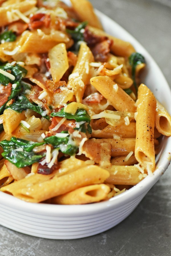 bacon-pasta-with-spinach