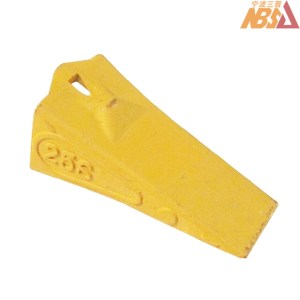TB00395 / 25S Hitachi EX60/70 Top Pinned Tooth