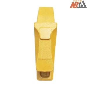 Kobelco SK230 LQ61B0100291 Bucket Teeth Adapter