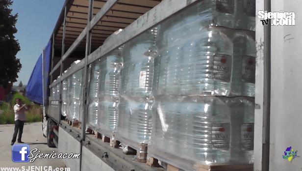 Voda Vrnjci donira vodu za sela na Pesteri / Sjenica Jul 2015.