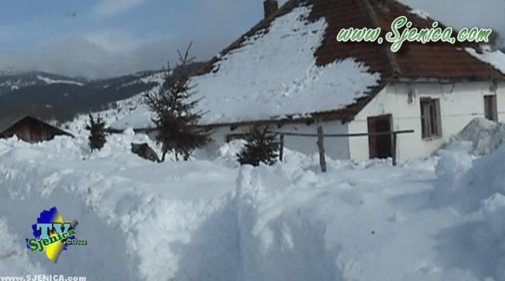 Selo Dunisice pod snegom