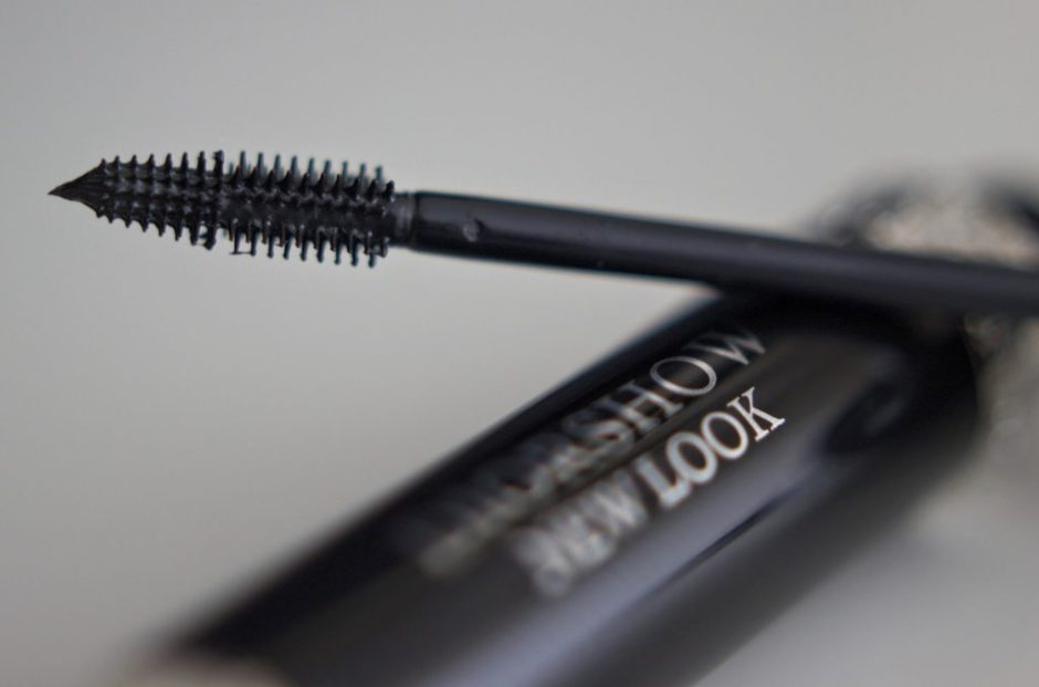 Diorshow New Look mascara en Le Volume de Chanel review swatches best mascara ever